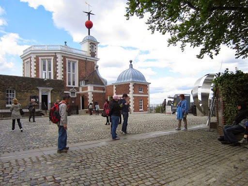 The Prime Meridian At The Royal Observatory, Greenwich | Amusing ...