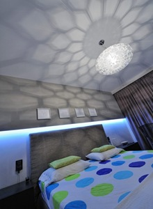 decoracion-iluminacion-fluorecente-habitacion