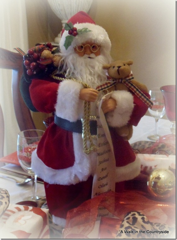 a walk in the countryside: santa and leopard tablescape