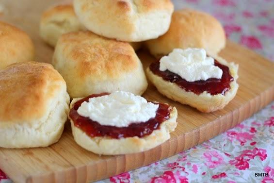 Lemonade Scones - Recipe found on Baking Makes Things Better