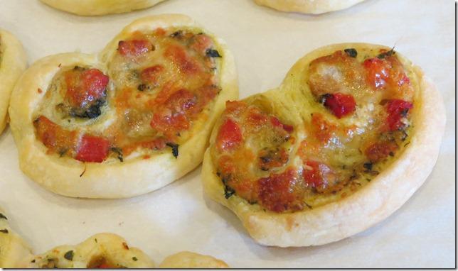 Tomato Mozzarella Pesto Puff Pastry Spirals (2)