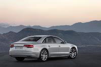 2014-Audi-A8-04.jpg