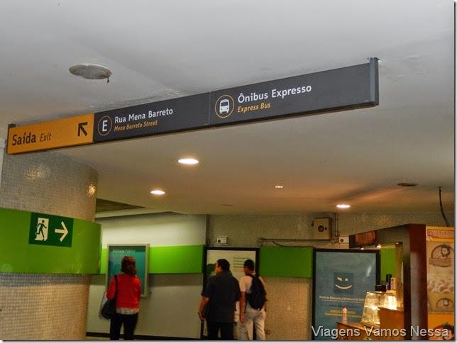 Saída E da Estação de Metrô Botafogo - Rua Mena Barreto