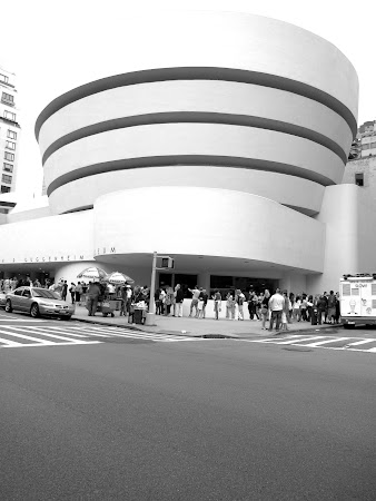 Museums of New York: Outside the Guggenheim NYC