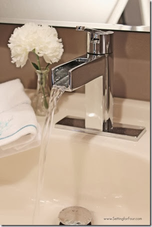 Pfister Vega faucet demo of waterfall spout from Setting for Four