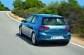 2013-Volkswagen-Golf-69