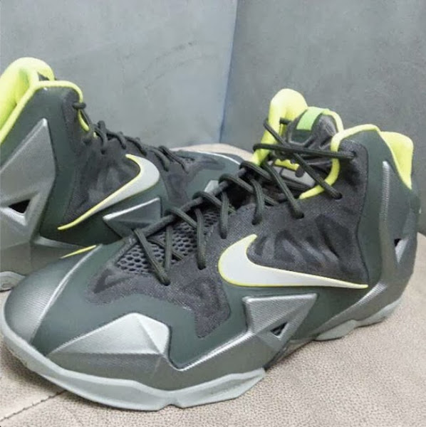 First Look at Nike LeBron XI 8220Dunkman8221 in Kids8217 Version
