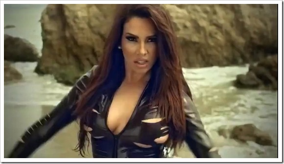 Pitbull feat Nayer & Mohombi – Suavemente