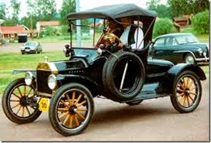 1915_Ford_Model_T_Runabout