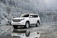 2014-Toyota-Land-Cruiser-Prado-19.jpg