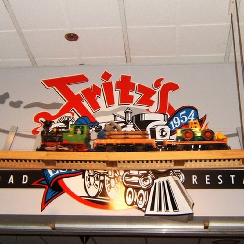 Fritz's Railroad Restaurant: Food Delivery by Toy Trains