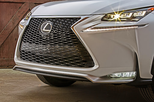 2015-Lexus-NX-21.jpg