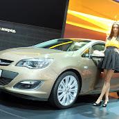 2013-Opel-Astra-Sedan-Moscow-Live-8.jpg