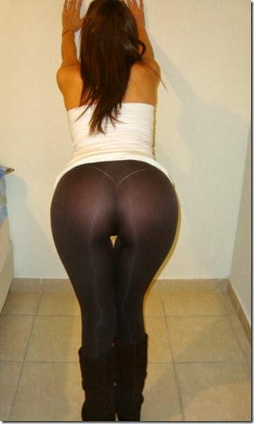 yoga-pants-please-009