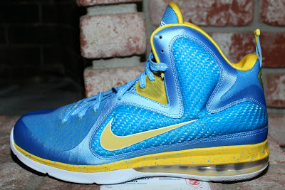 nike lebron 9 pe wnba swin cash 1 04 Nike LeBron 9 Swin Cash Chicago Sky Player Exclusive
