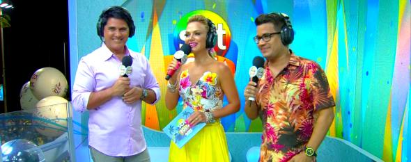 César Filho, Eliana e Léo Sampaio na cobertura do SBT Folia (Foto: Reprodução/SBT)