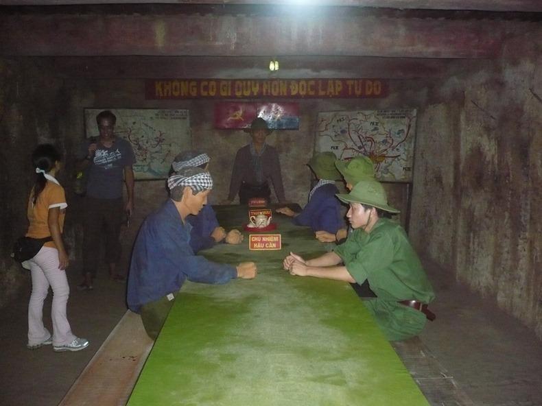 cu-chi-tunnels-5