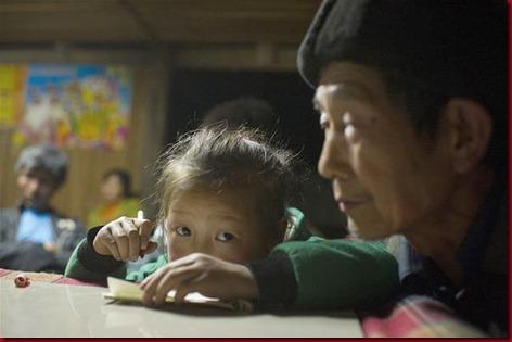 Murid Sangzhi Harus Panjat Tebing Untuk Sekolah 5