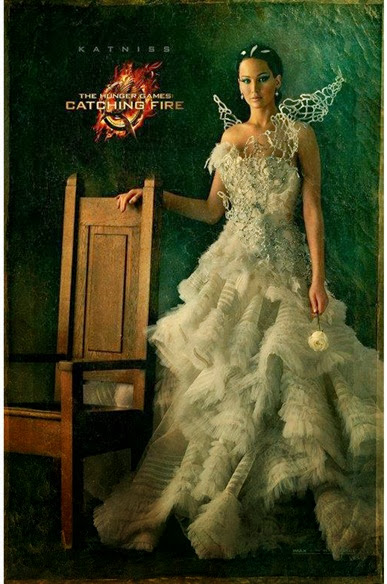 catching-fire-katniss_510x741