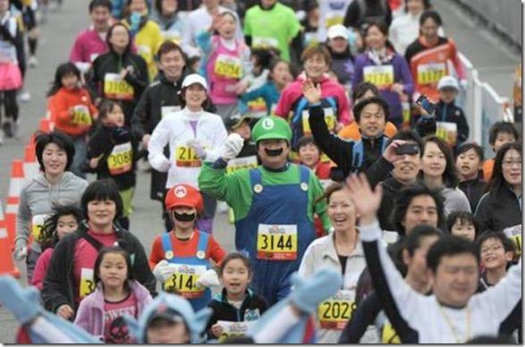 tokyo-marathon-costumes-23