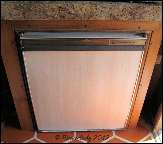 06-17-fridge-trim