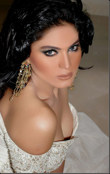 Veena-Malik-FHM-Magazine-Photo-Shoot---Hot-Photos-122