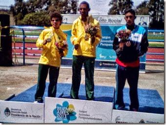 Higor conquista medalha de Prata para o Brasil
