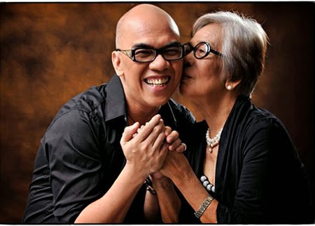 Boy Abunda and his Nanay Lesing