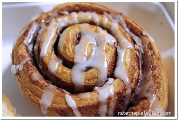 Linn's Cinnamon Roll