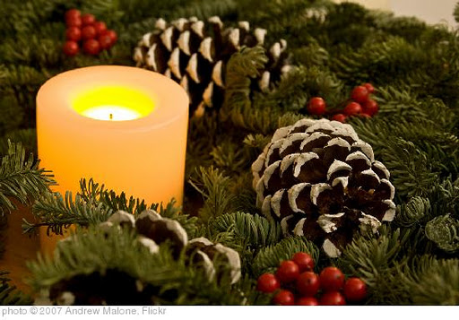 'Christmas wreath' photo (c) 2007, Andrew Malone - license: http://creativecommons.org/licenses/by/2.0/