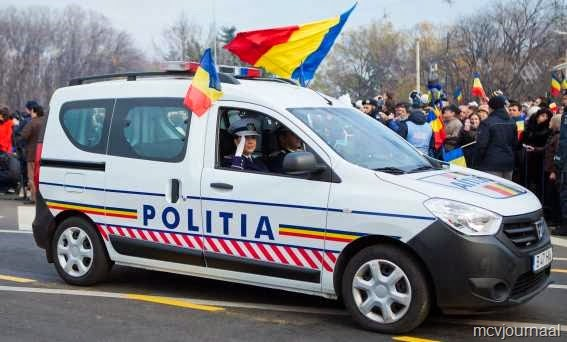 [Dacia%2520Duster%2520in%2520legeruitvoering%252005%255B7%255D.jpg]
