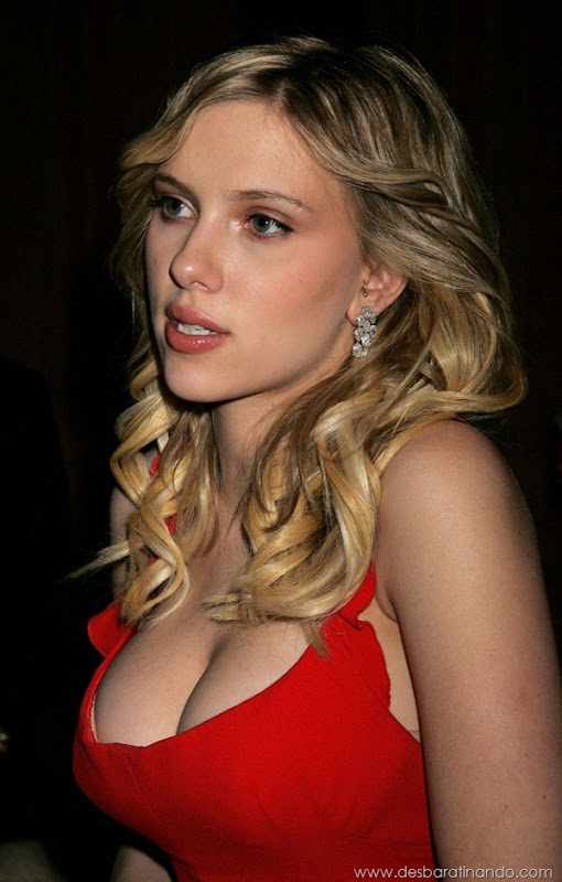 scarlett-johansson-linda-sensual-sexy-sexdutora-tits-boobs-boob-peitos-desbaratinando-sexta-proibida (426)