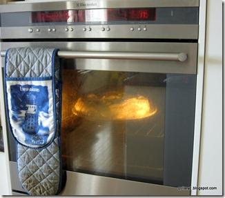 Pavlova baking