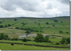 swaledale river swale at reeth