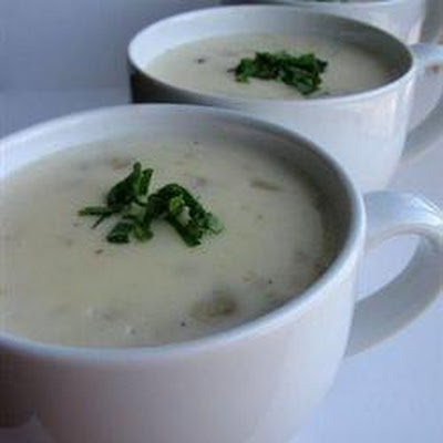 Creamy Bacon And Clam Chowder