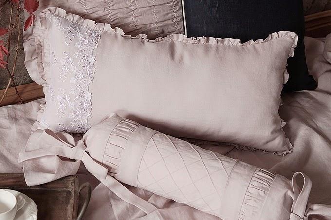 ramia poduszka z haftem i wałek1