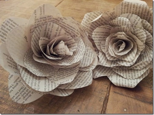 lazos y flores con papel periodico (10)