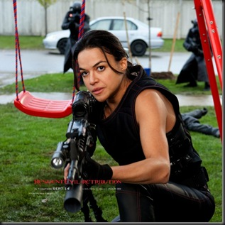 resident-evil-retribution-michelle-rodriguez-600x600