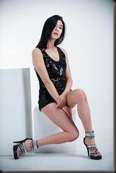 Kim-Ha-Yul-Legs-12