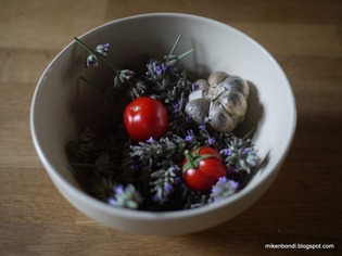 Lavender, garlic and tomatoes