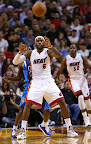 lebron james nba 130102 mia vs dal 03 King James Debuts LBJ X Portland PE But Ends Scoring Streak