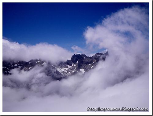 Via Directa de Los Martinez 250m D- V- (Picu Urriellu, Picos de Europa) (Isra) 1196