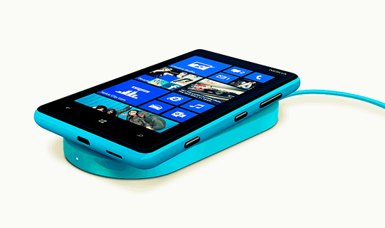 Nokia-Lumia-820-Is-Inarguably-The-Best-Budget-Windows-Phone-8-[Guest-Post]1