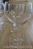 8 wine glasses (3)