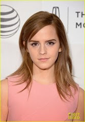 emma-watson-supports-longtime-friend-roberto-aguirre-at-boulevard-tribeca-premiere-02