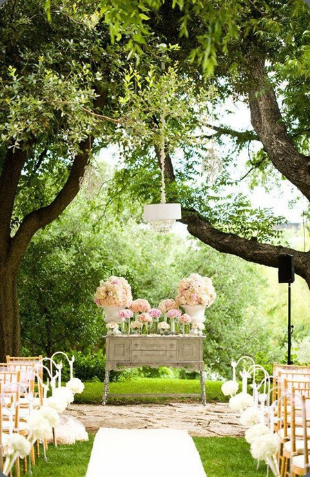 outdoor ceremony site 1238303_568197519913598_1035584390_n flora fetish and  Jake Holt Photography