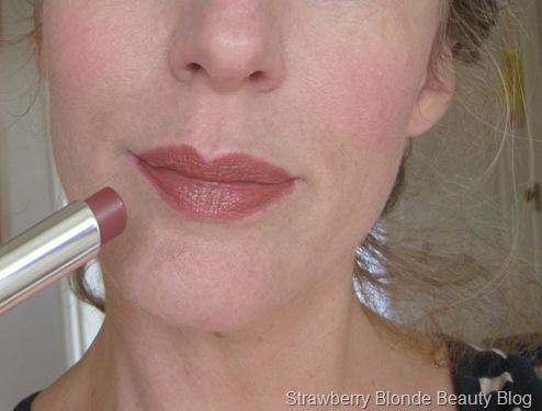 Dior Addict Lipstick Instinct Swatch