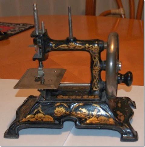 hand crank machine 1