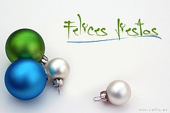 Postal Felices Fiestas by seiho, on Flickr [used under Creative Commons license]