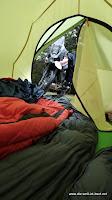 Abhängen im Zelt bei Regen...